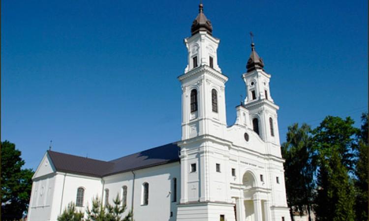 Marijampolės-Šv.-Arkangelo-Mykolo-mažoji-bazilika