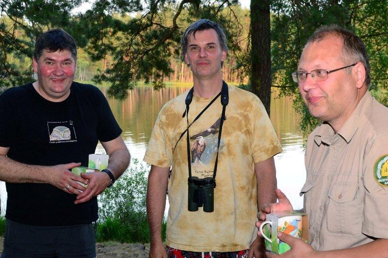 su kolegomis ornitologais Žalios varnos renginio metu