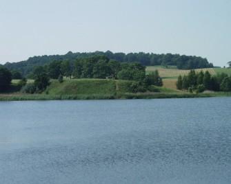 Vilkaviškis Pajevonys Pajevonio ežeras ir piliakalnis
