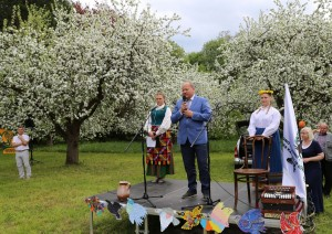 Obelynė - Vaikų folkloro šventė Obelynėje